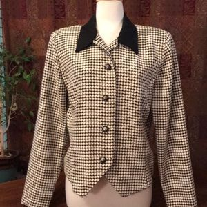 Vintage black & cream houndstooth jacket (Melissa)